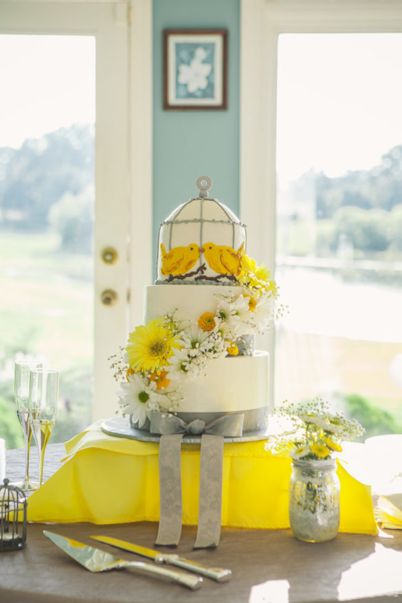 lovebirds yellow wedding cake